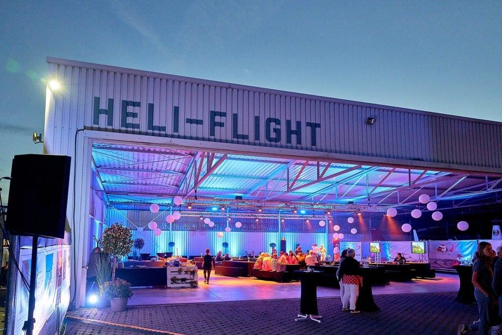 Blick in die Location der 40-jährigen Feier von Heli-flight